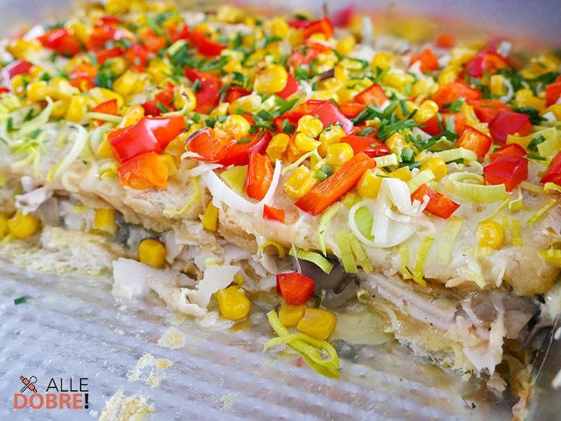 zapiekanka tostowa z szynką i serem